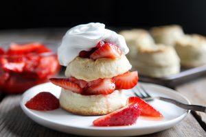 Loose Leaf Tea and Strawberry Shortcake