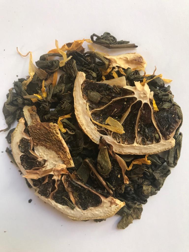 Lemon Tea with lime pieces