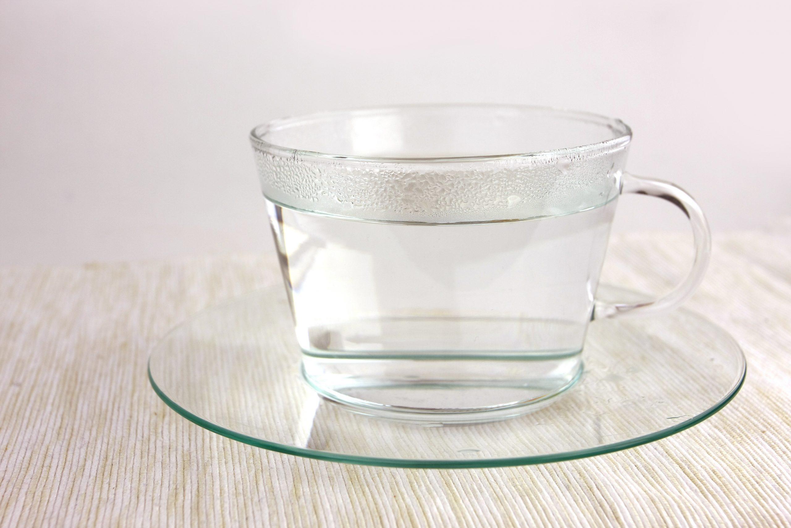 Distilled water in tea